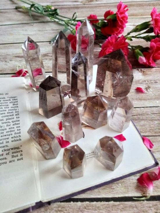 10 Must-Have Crystals To Have At Home