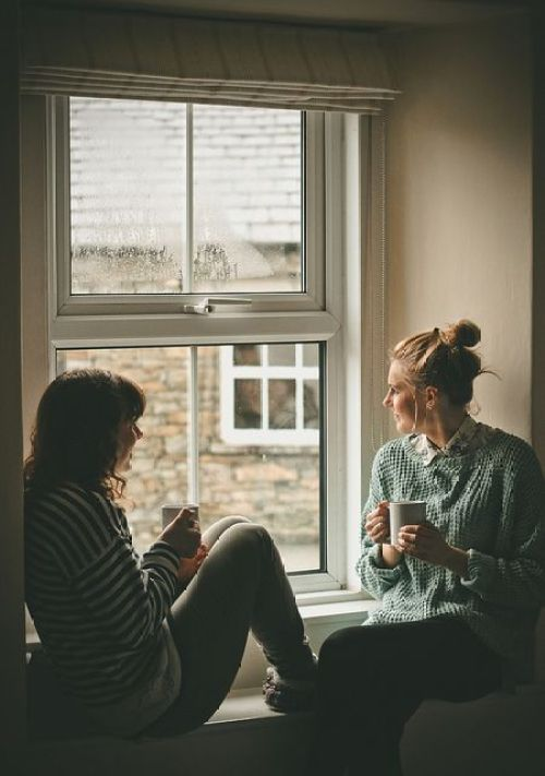 10 Tips On How To Deepen Friendships In College
