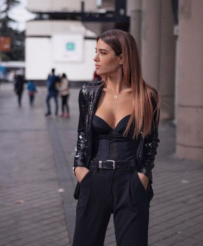 8 Edgy Outfits You Need To Wear