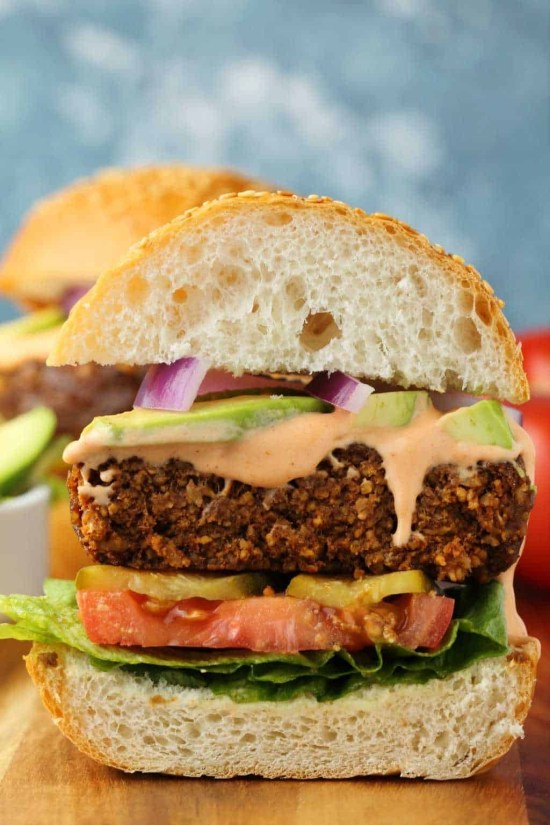 Kick your summer off with the perfect Memorial Day burger suitable for any diet.