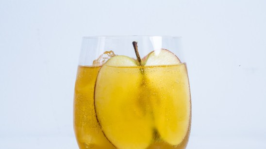15 Bubbly Drinks For Your New Years Eve Extravaganza