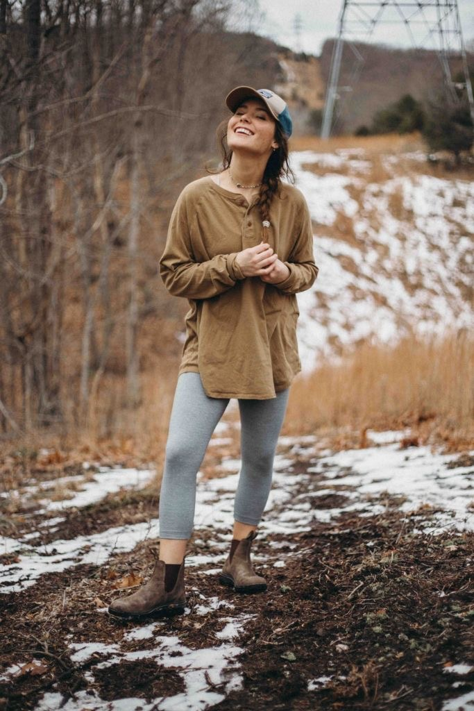 *15 Hiking Outfits That Are Cute AF