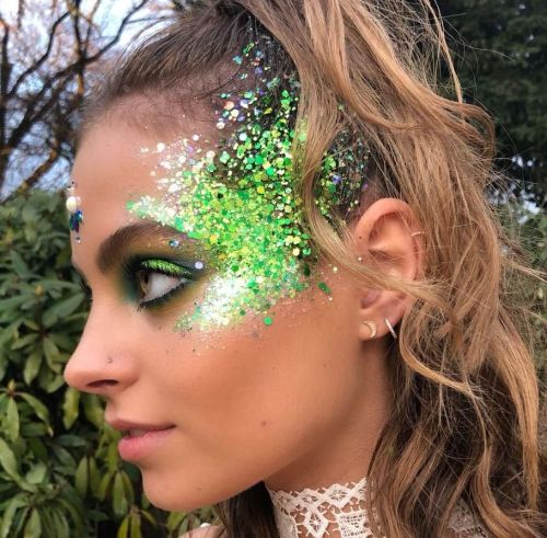 15 Accessories You Need To Buy RN For The Annual St. Paddy's Day Parade
