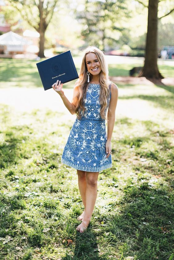 6 Survival Tips To Survive Graduation Day