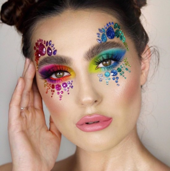 5 Lollapalooza Makeup Looks To Get You Festival Ready