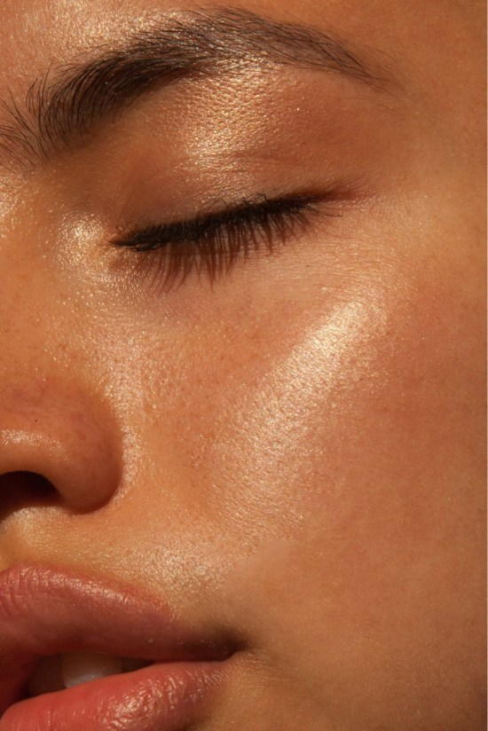 8 Beauty Hacks for Glowing Skin This Summer