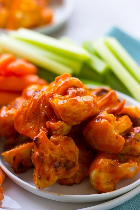 15 Healthy Superbowl Snacks That Are So Good, You'd Think They're Bad