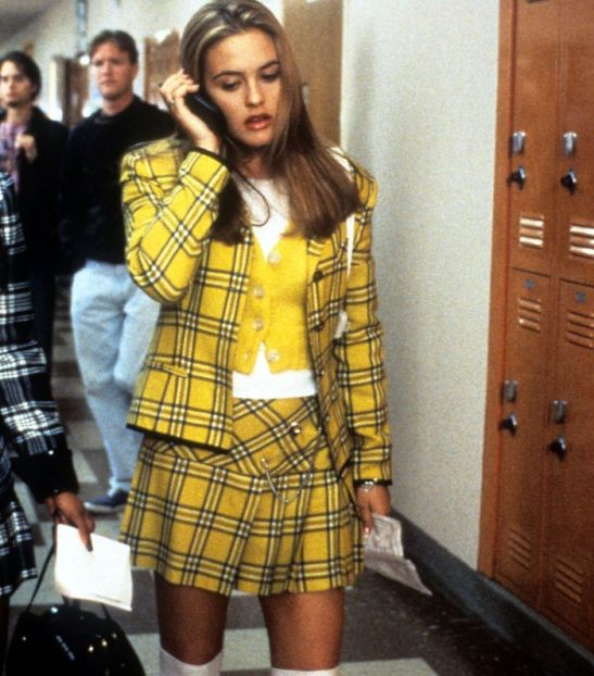 20 Costumes For Those Of You Obsessed With The 90s