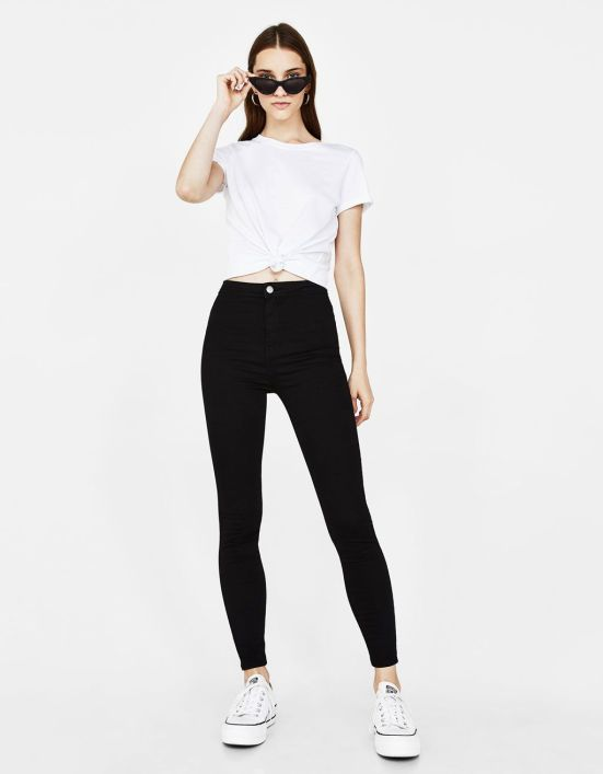 10 Jeans to Wear This Summer