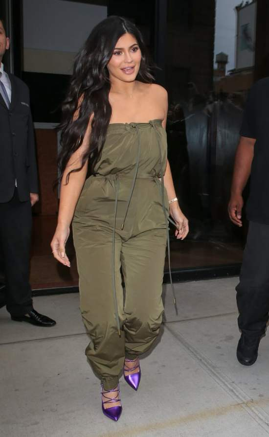 5 Celebrity Outfits You Can Get For Less