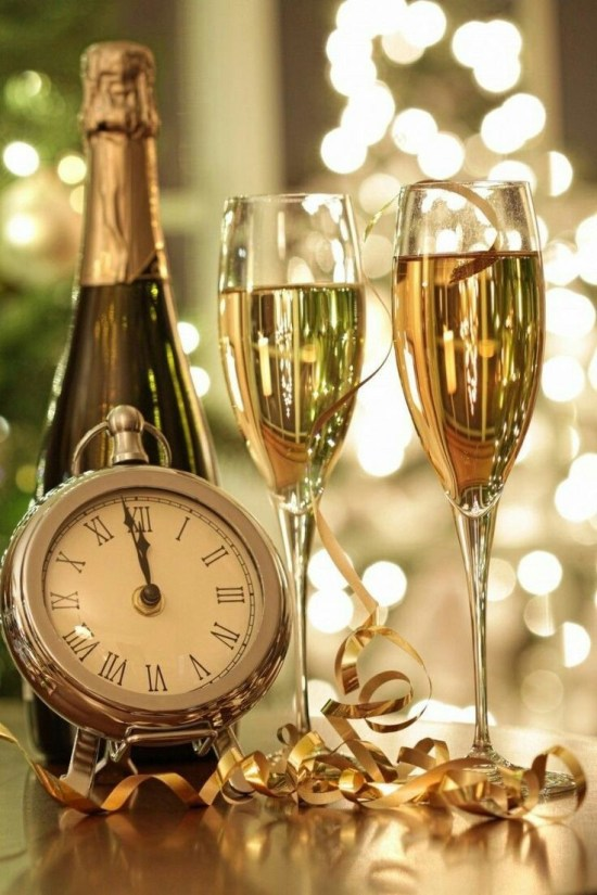 10 Things You Need At Your New Year's Eve Party