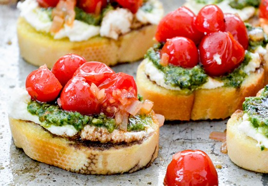 10 Healthy Toast Recipes To Try This Summer