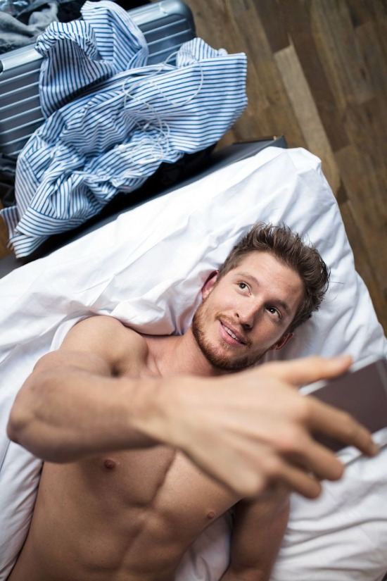 15 Tips To Have The Best Phone Sex Experience Ever
