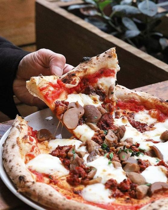 10 Best Pizza Places In Melbourne