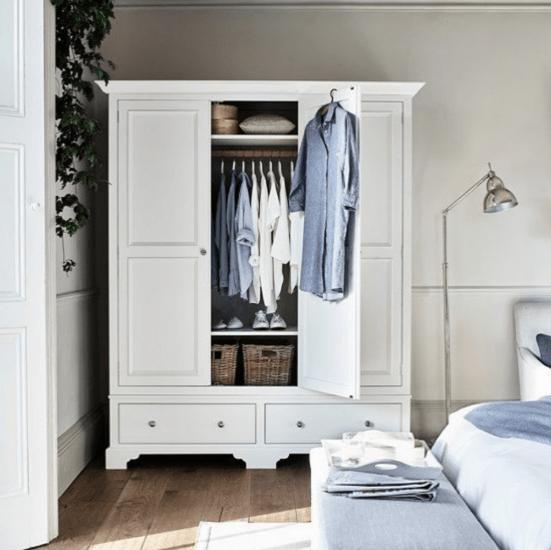 8 Ways To Make Your Dorm Room More Zen