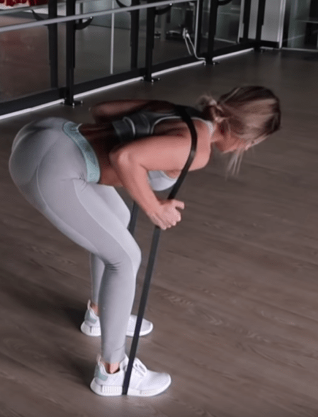 Glute Activation Exercises To Fire Up Those Glutes BEFORE Your Workout