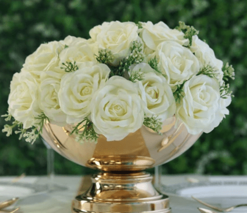 Elegant centerpiece for a chic style