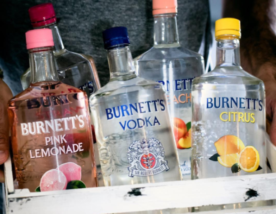 10 Alcoholic Beverages You'll See At Every College Party