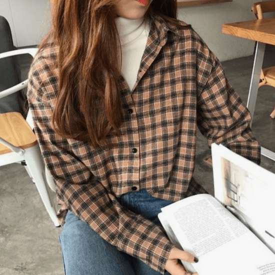 Here's How To (Steal And) Wear Your Boyfriend's Flannel