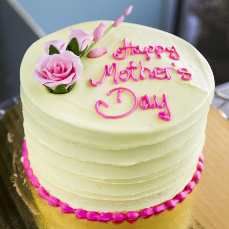 Mother's Day Gift Ideas You Can Buy On A Budget