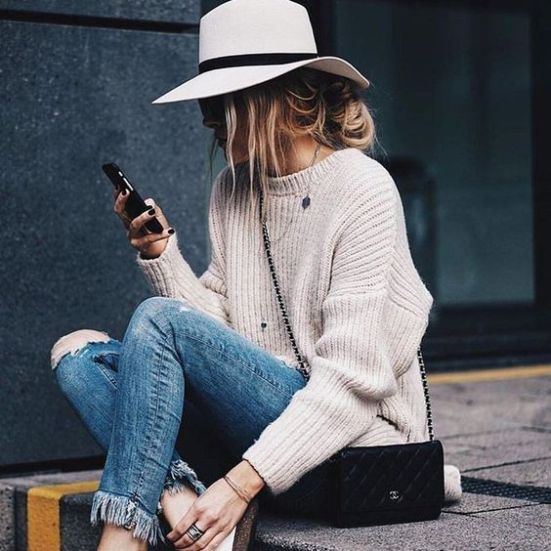 *8 Stylish Ways To Wear Hats This Fall