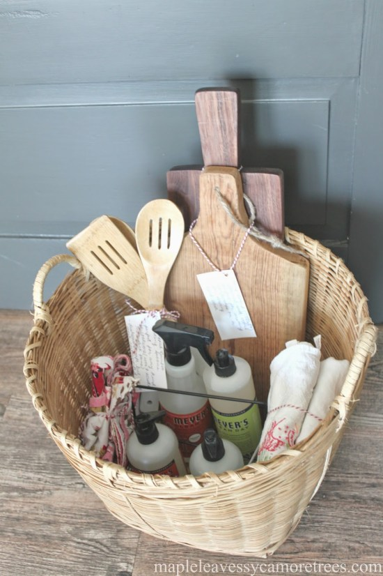 *Beautiful Mother's Day Baskets And What To Put In Them
