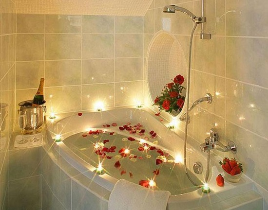 10 Romantic Ideas To Really Surprise Your Partner