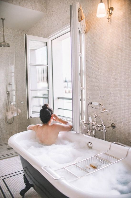 8 Reasons Baths Sooth The Soul