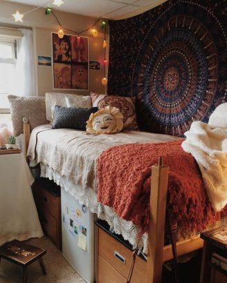 7 Ways To Refresh Your Dorm Room