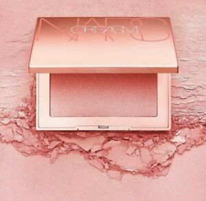 10 Beauty Products to Get the Perfect Look