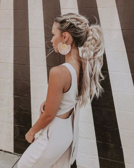 10 Creative Bohemian Hairstyles Perfect For Your Hippy Side