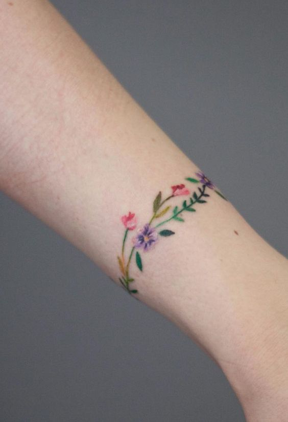 10 Subtle Tattoo Ideas If You Don't Want Something Too Flashy