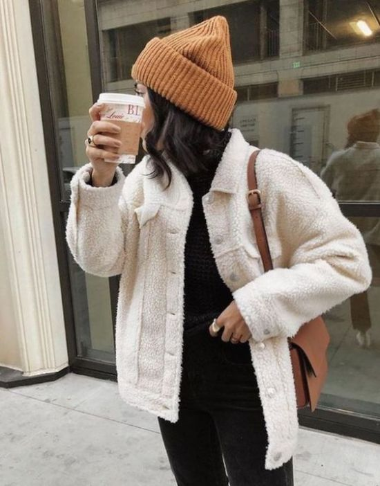 10 Clothing Essentials To Keep You Looking Cute And Comfy This Fall