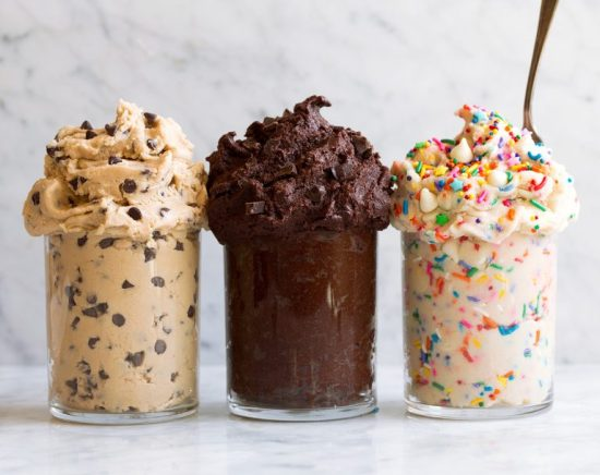 7 Easy Delicious Desserts To Make For A Girl's Night In