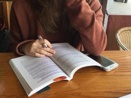 10 School Hacks To Slay The Next Semester