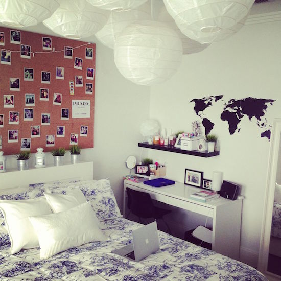 10 Dorm Essentials You Need To Build Your Room Decor