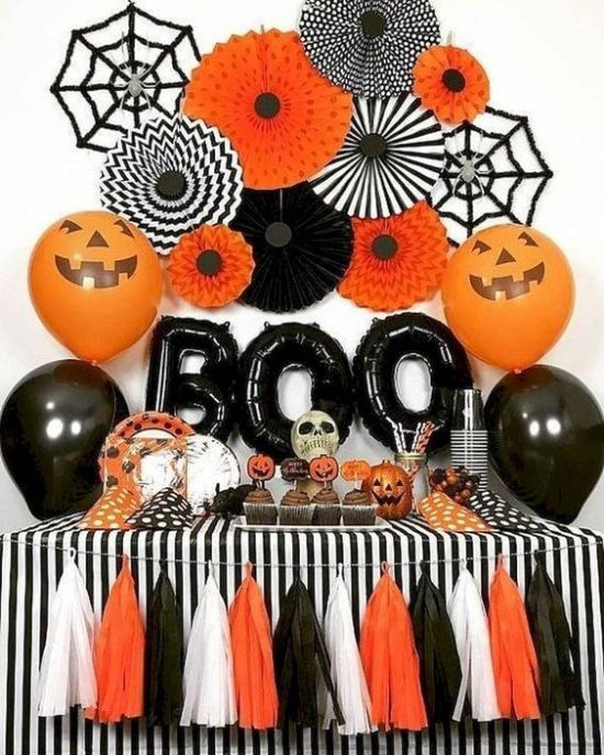 How To Throw A Spook-tacular Halloween Party