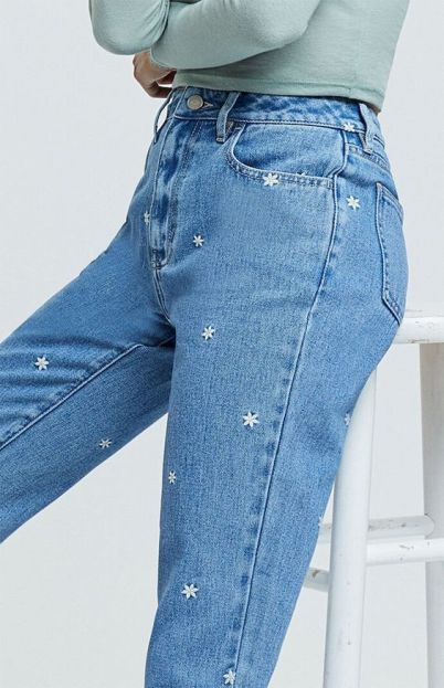 10 Cute And Clever Ways To Upcycle Clothing