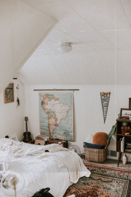 Top 10 Ways To Make Your Dorm Room Look More Like A Home