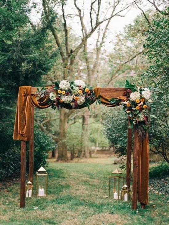 10 Fall Wedding Decor Ideas You'll Want For Your Big Day