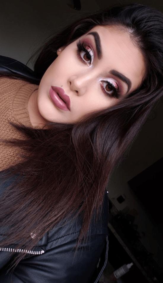purple halo eye and blush pink lip