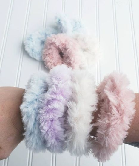 How To Make Hair Scrunchies That Are Cute AF