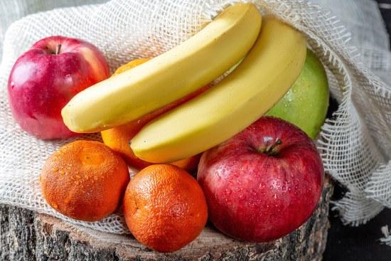 Super Food: Apples and Bananas