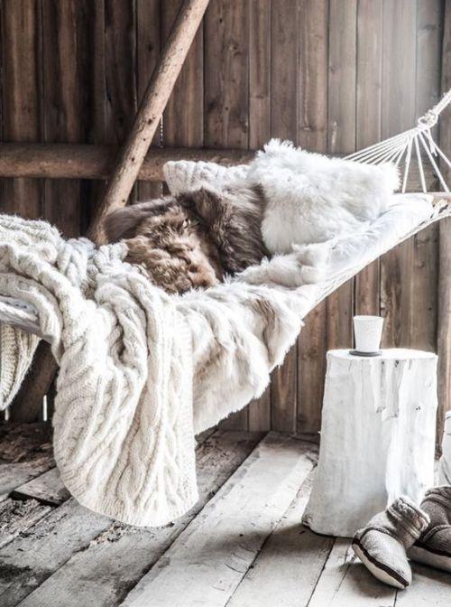*25 Best Hammocks To Take Naps All Year Long
