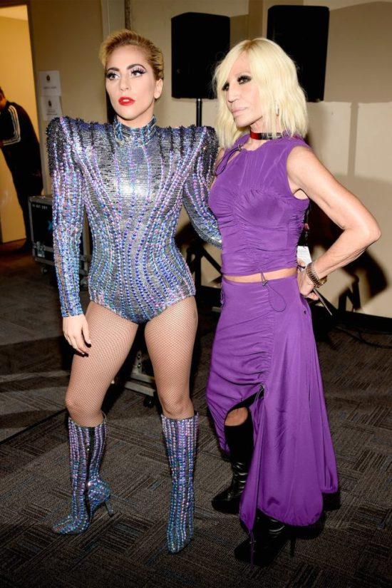 10 unaufhaltsame Lady Gaga Blicke