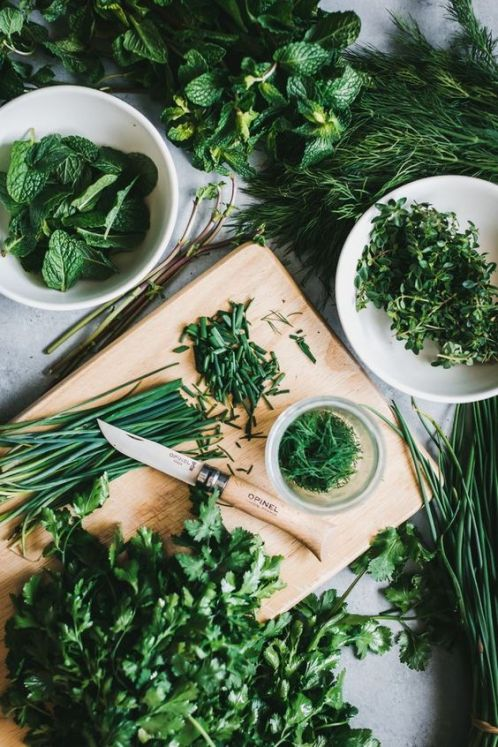 8 Kitchen Life Hacks to Make Your Food Last Longer