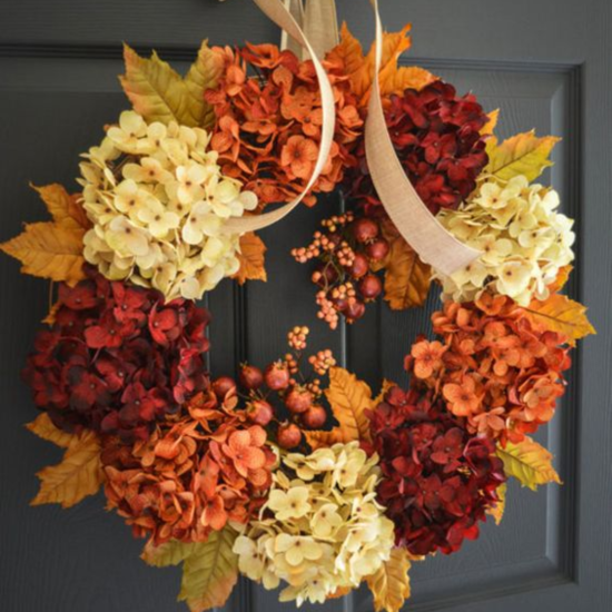30 Thanksgiving Door Decor Ideas You'll Love