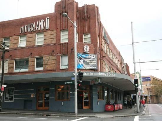 5 Best Student Bars In Sydney