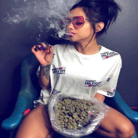 10 Reasons Why Marijuana Should Be Legalized