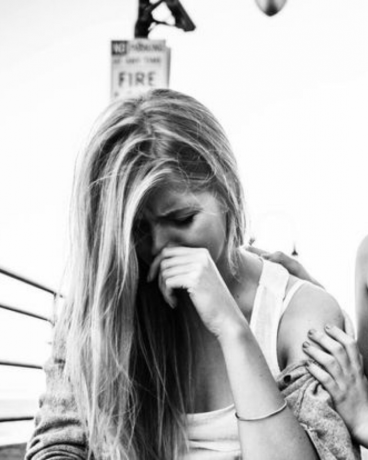 10 Common Signs Of Mental Illnesses
